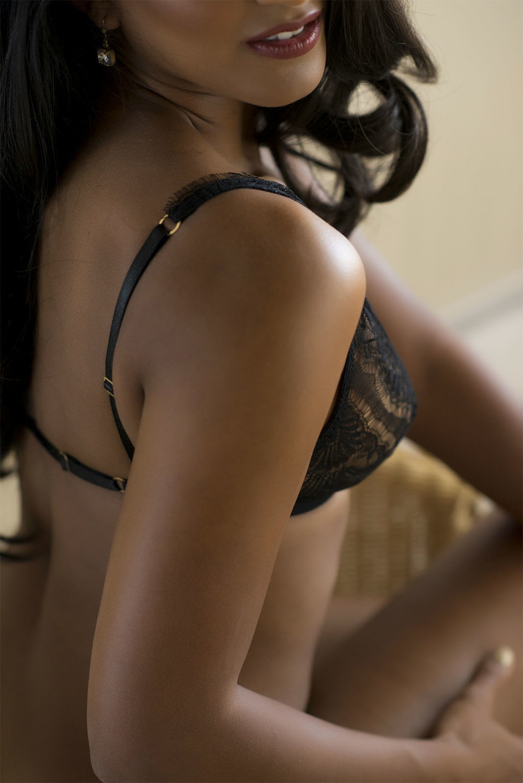 Chelsey Luren Portraits Vancouver Boudoir Review Miss J2.jpg