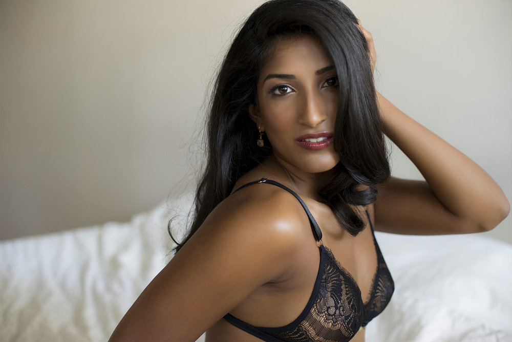 Chelsey Luren Portraits Vancouver Boudoir Review Miss J6.jpg