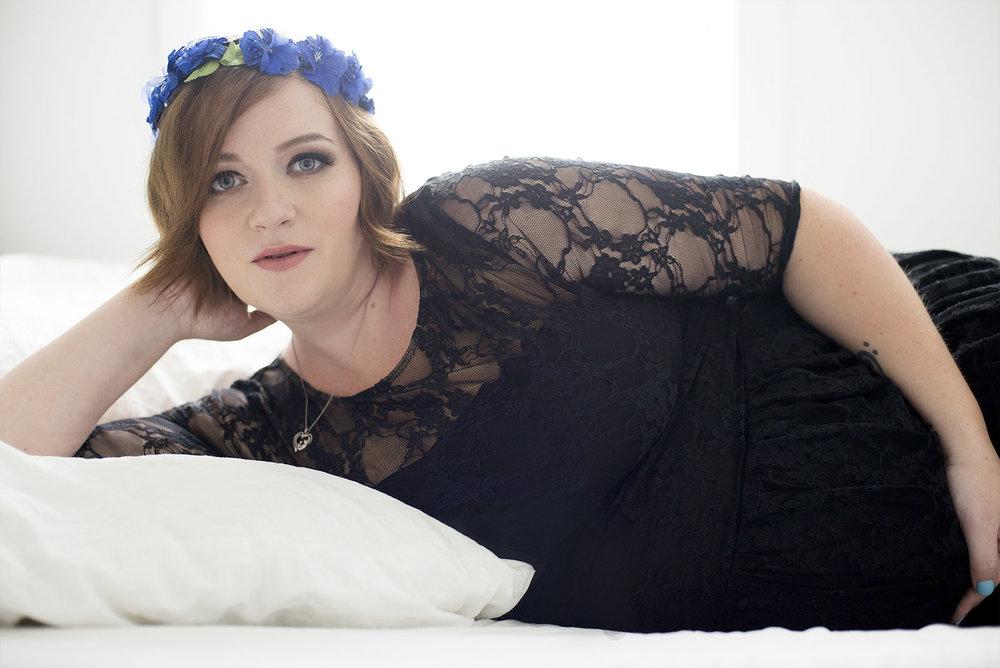 Chelsey Luren Portraits - Alison | Maternity Glamour Photoshoot Client Testimonial9.jpg