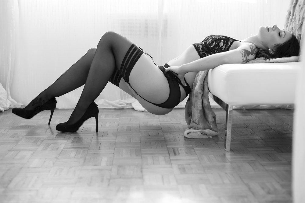 Chelsey Luren Portraits - Eating Disorder Recovery Session | Carissa's Testimonial5.jpg