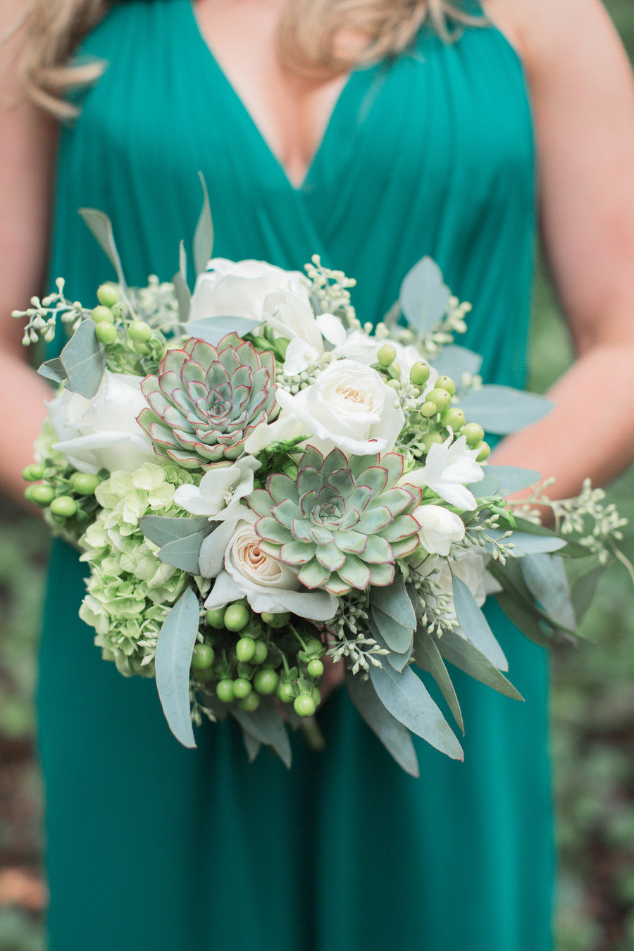 STYLE ME PRETTY: WHITNEY & JONNY'S GORGEOUS GREEN & WHITE WEDDING