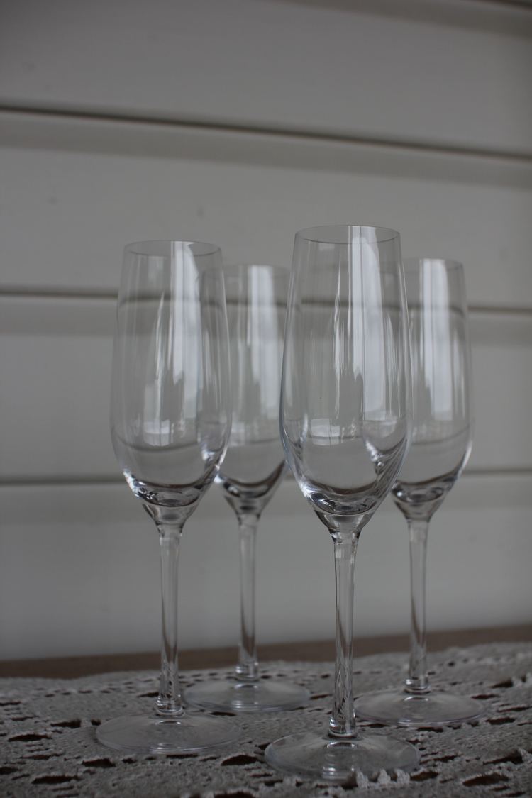 Champagne Flute. - Qty 100. $0.65 each