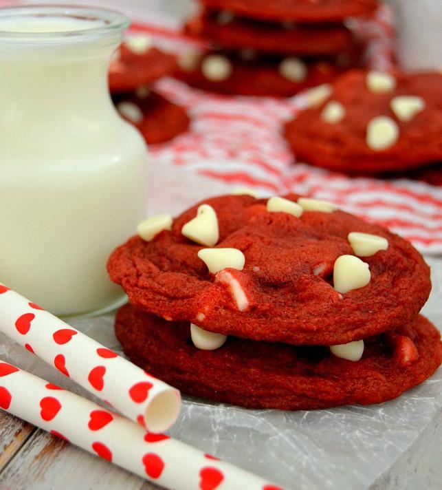 Red-Velvet-Cookies.jpg