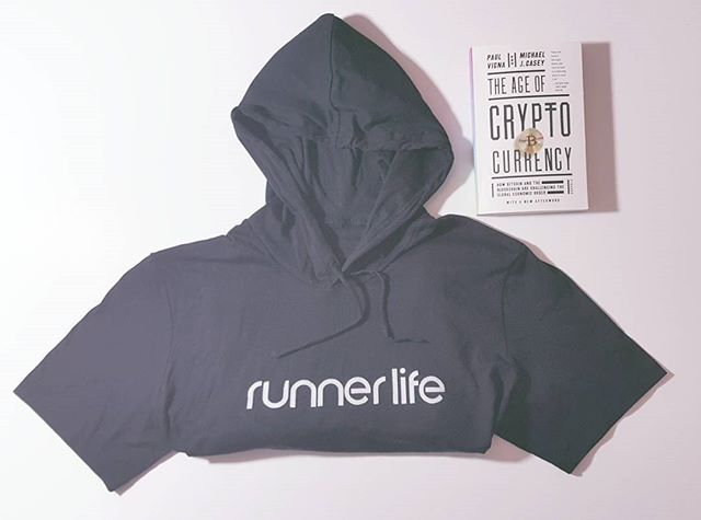 "Remember when ""the block"" was a blockchain...only thing on my mind now days...running and bitcoin. 💲🔗💯 Short sleeve hoodies available. Runbabyrun.space ------------------------------------------------------------------------ #runnerlife #blockchain #bitcoin #instarunners #runfamily #2017 #madinATL #borninWestLou #fitlife #socialentrepreneur #atlanta #startup #runATL #runChi #runNYC  #runLA #running #nikeplus #fitnesswear #stylerunner #worldrunners #runrevolution #runolution #startwithwhy  #activewear #instagood #diabetes #fightobesity #stillbelieve"
