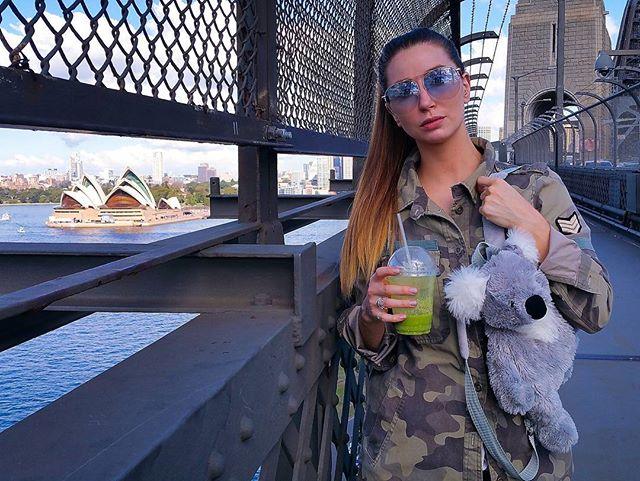 Sky blue, here at the Kirribilli markets ⛅ These markets are so 💣 Who else has been this month?  #fashionbloggerstv#instagood#sydneyfashionblogger#netaporter#fashionbloggers#revolve#revolvesocialclub#revolveclothing#sydneystyle#cassandrachloe#sydneystreetstyle#sydney#ootdmagazine #kirribilli#juicecleanse #fashionweekaustralia #koalafreak #shadesofblue#shoppings #hunt #harbourside #bloggers#fashion#outfitoftheday#instapicoftheday#streetstyle#ootd#bargainhunt #markets#kirribillimarkets