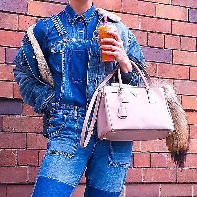 Denim over denim X 3 👖👖👖WWW.CASSANDRACHLOE.COM 💫 Direct link in bio 💫  #instagood #sydneyfashionblogger #netaporter #fashionbloggers #revolve #revolvesocialclub #revolveclothing #sydneystyle #cassandrachloe #sydneystreetstyle #sydney #ootdmagazine #f4f #denim #denimday #perfection #fashionbloggers #bloggers #fashion #outfitoftheday #instapicoftheday #streetstyle #ootd #harricannaaventures #pradabag #overalls #juicecleanse #healthykid #fashionweekaustralia #detoxify