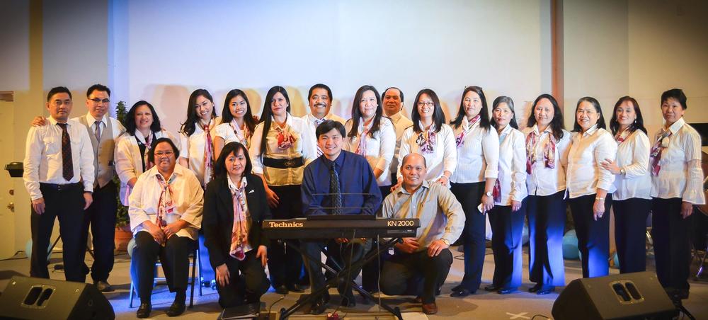 worship choir.jpg