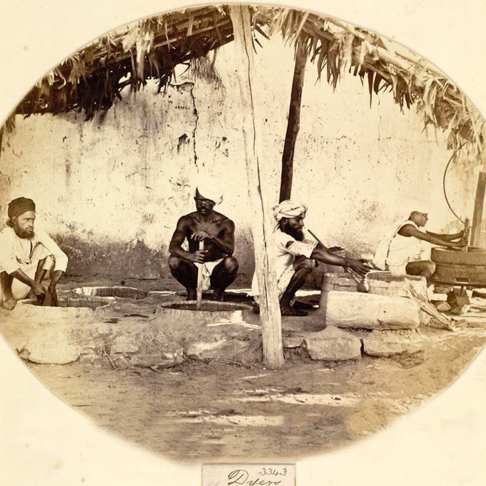 Dyers at work in Western India, taken by Shivashanker Narayen in c. 1873, Archaeological Survey of India Collections © British Library