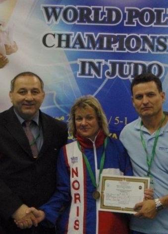20.tinásobná mistryně ČR v judo IV.Dan Hlavní trenérka klubu Judo Beskydy