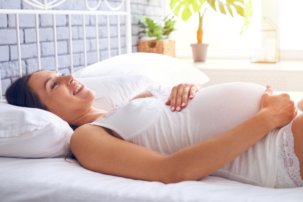 når vor magen mest gravid pene
