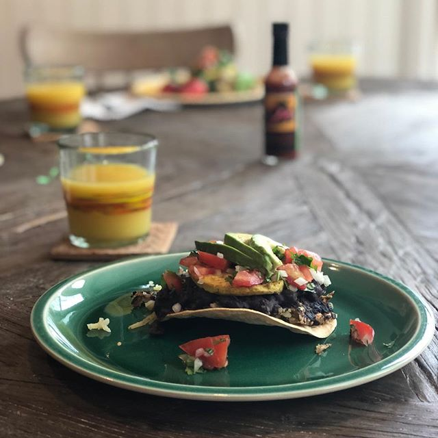 Happy Easter! If you haven't figure out what to make. This recipe is our family's Vegan Version of Huevos Rancheros from last week's cooking class at Whole Foods Market Westport.  http://www.hollyskodis.com/blog-2/2018/4/1/vegan-huevos-rancheros-recipe  #veganrecipes #vegan #vegansofig #vegansofinstagram #vegansofinsta #veganfood #veganfoodporn #recipes #delicious #plantbased #plantbaseddiet #brunch #wholefoodsmarket #healthylifestyle #kindness