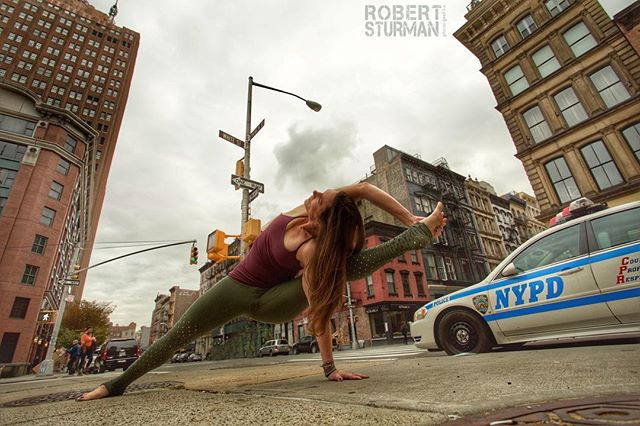 Day 3: Street #alomoveschallenge  @the_laughingyogi . . . Throwback to my all time FAVORITE street photo! @robertsturman