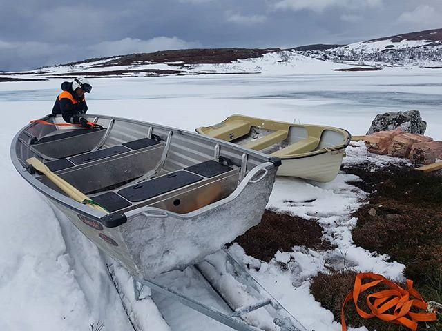 Da e nybåten på Akavatnet i Hestkjølen på plass.