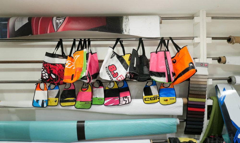 Αδιάβροχες τσάντες από kite surf από την εταιρία Kite Pride
