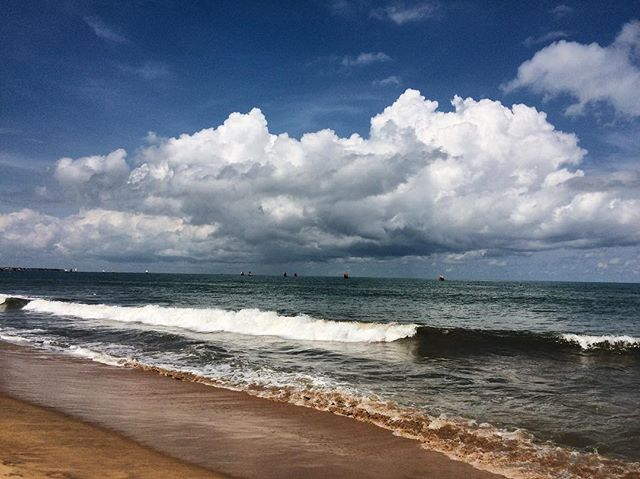 Monday blues 🌊 . . . . . #srilanka #srilankanstyle #srilankatravel #ceylon #ocean #oceanair #mondayblues #beachbum #beachlife #travelawesome #traveloften #travelblogger #wanderlust #offthebeatenpath #negombo #skyporn #letsgo #fodorsonthego #travelphotography #takemeback #bbctravel #travelholic #travelgram #latergram #trip #passionpassport #travelingcouple #lovetotravel #exploremore #aroundtheworldpix