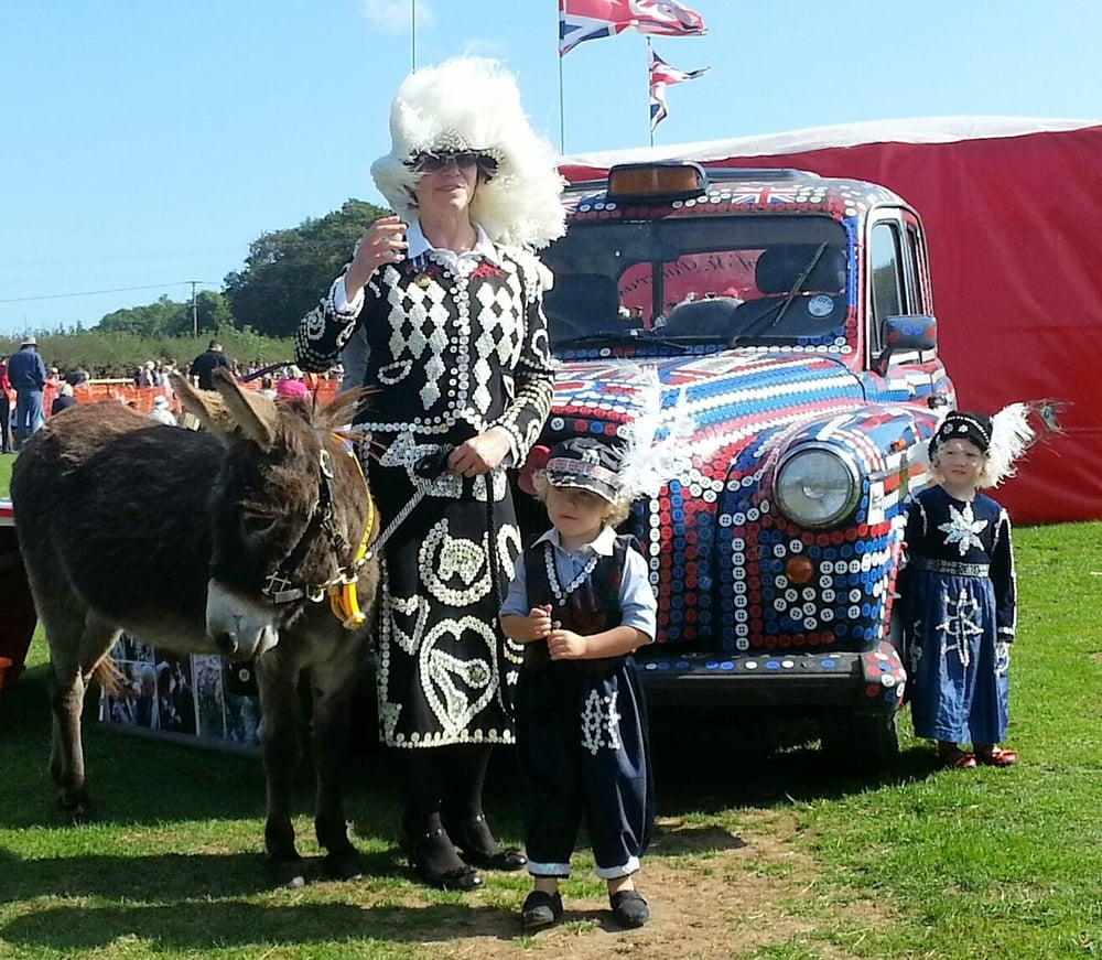 Di with Prince Joseph and Princess Daisy at Isle of Wight Donkey Sanctuary