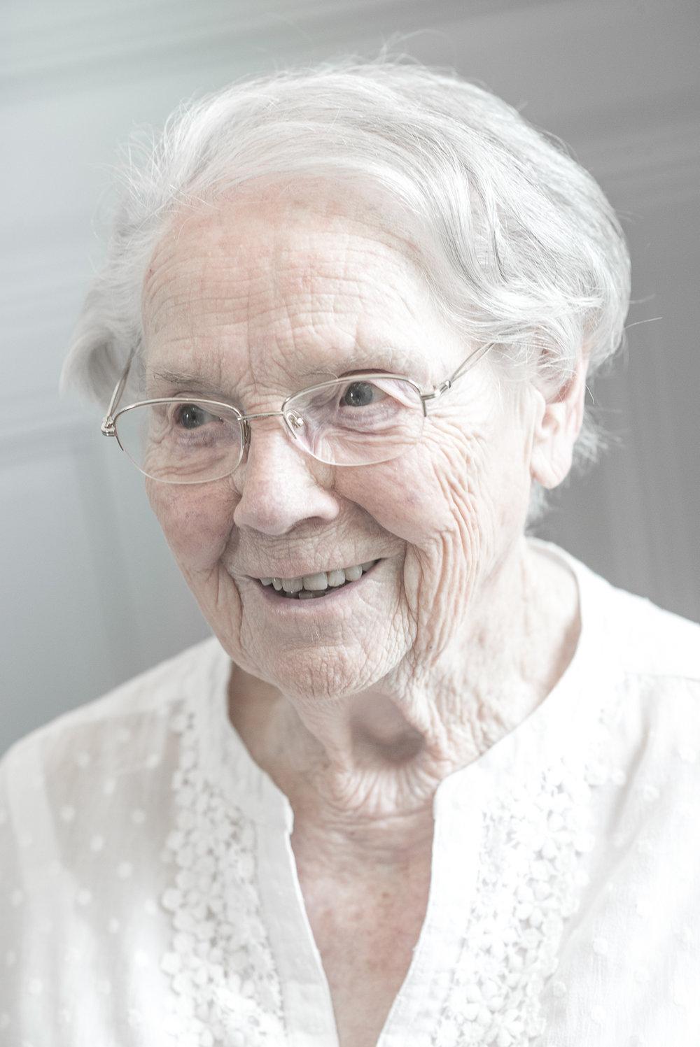 Maryse - 99 ans - Fondatrice de ASA FRANCE qui vient en aide aux sans-abris à MADAGASCAR