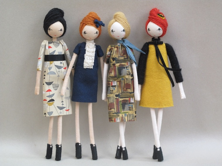 vintage-dolls-horizontal-slide-standing