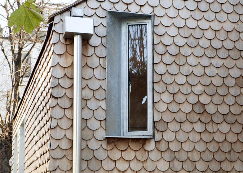 gingerbread-house-03.jpg