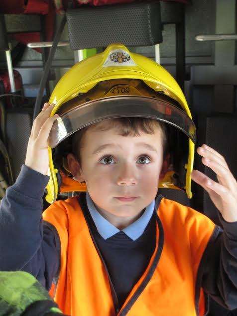 firemans helmet 1.jpeg
