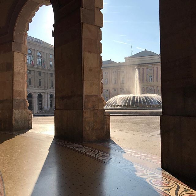 Love the grand architecture and hot hot sunshine in Genoa! #PastaAllDay