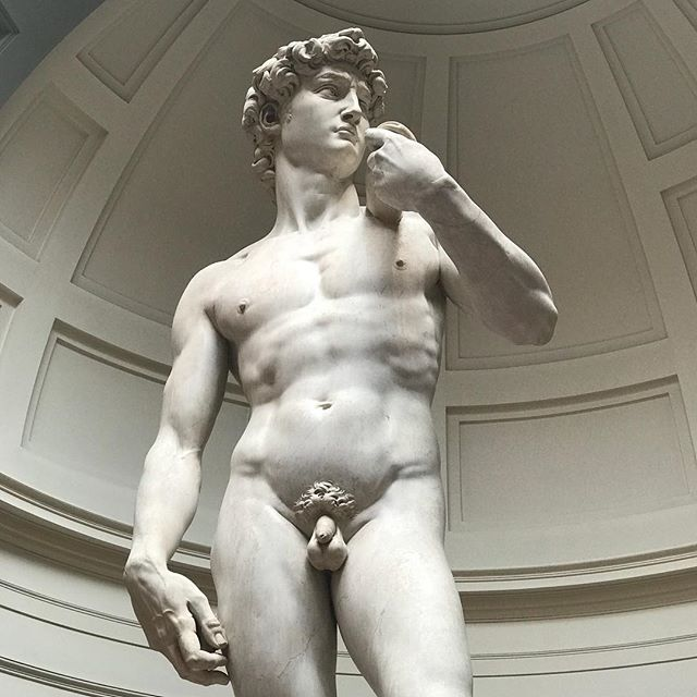 At least someone was beach body ready... one more day of eating like a Medici and then rabbit rations! #TheDavid . . #Art #Florence #Italy #Michelangelo #Pasta
