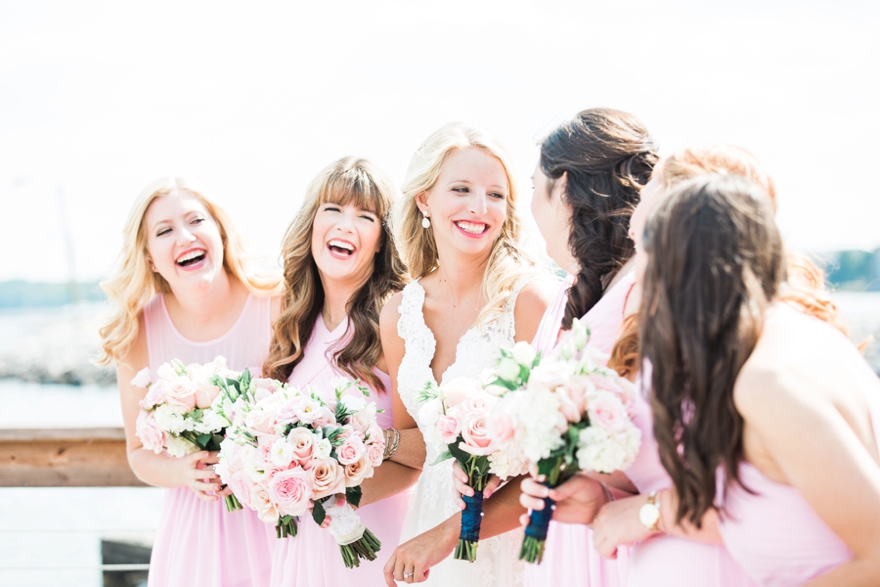 MRS. BETH BARNETT PITTS   Photographer | Lindsey Vallas Photography Dress | Martina Liana