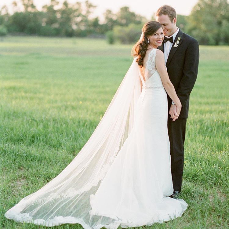 MRS. ASHLEY BRYAN SHEFFER  Photographer | Ashley Upchurch Photography Dress | Heidi Elnora