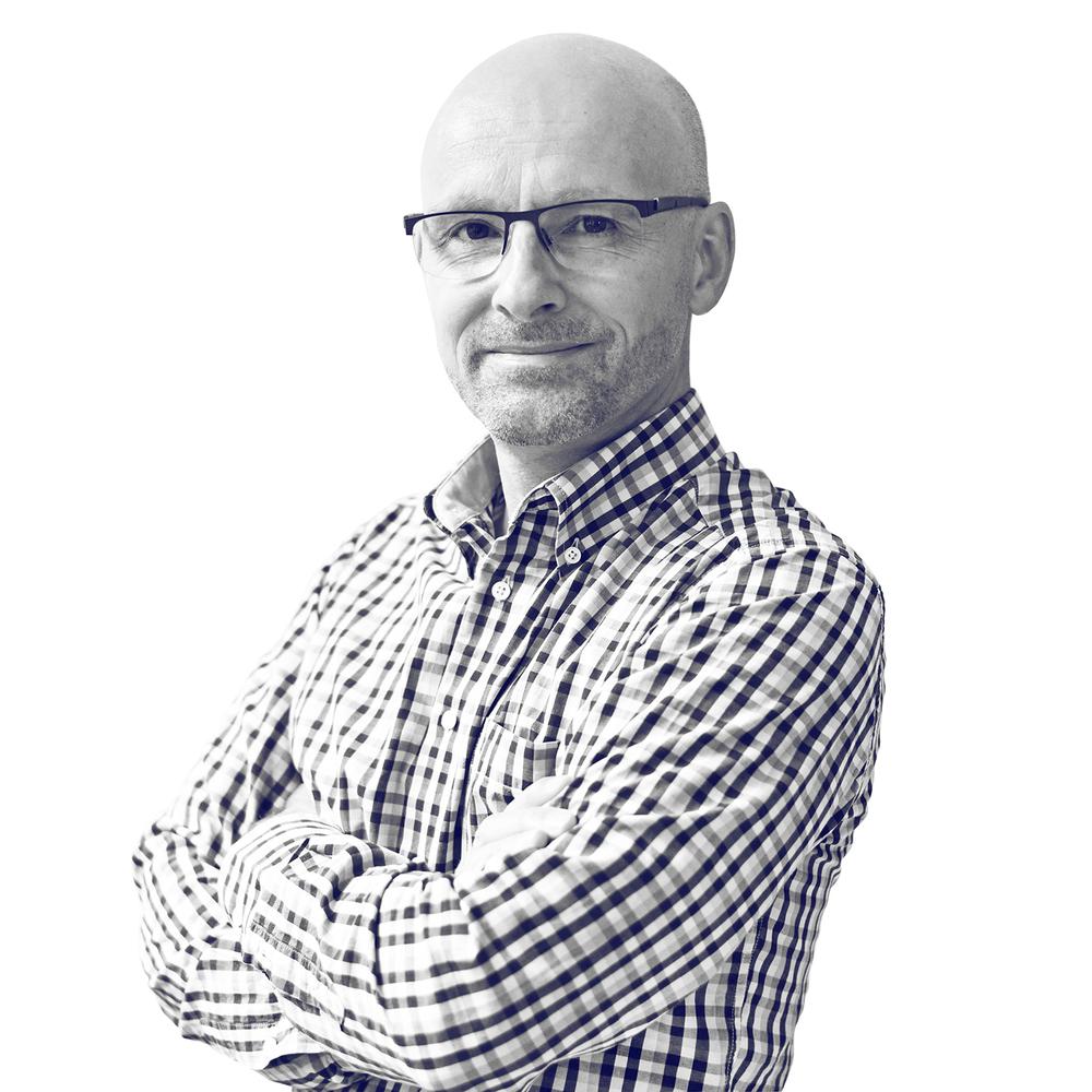 Richard Stevens Gestión de Colaboradores Richard es diplomado en las Ciencias Informáticas en la Universidad de Stafforshire de Gran Bretaña. Es un defensor de los avances tecnológicos y llevaba ya veinte años interesándose por la impresión industrial en 3D cuando entró en el Centro de la Impresión en 3D 3Dees, donde trabaja desde 2014 como consultor técnico y gestor de revendedores. En 2015, Richard llegó a formar parte del equipo de ART4LEG con el objetivo de construir y gestionar la red global de los colaboradores.