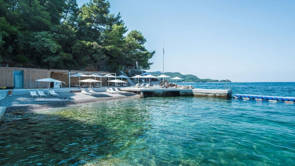 Элитная недвижимость и апартаменты в Черногории (купить, продать, арендовать)
