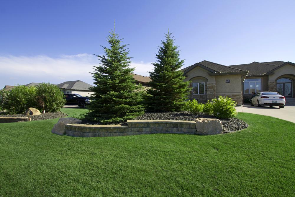 Winnipeg front yard landscaping
