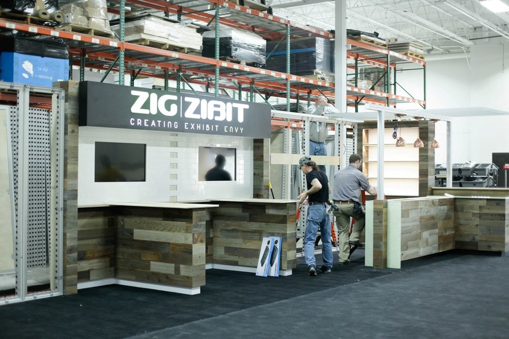 Zig-Zibit-ExhibitorLIVE-Booth-Assembly-01.jpg