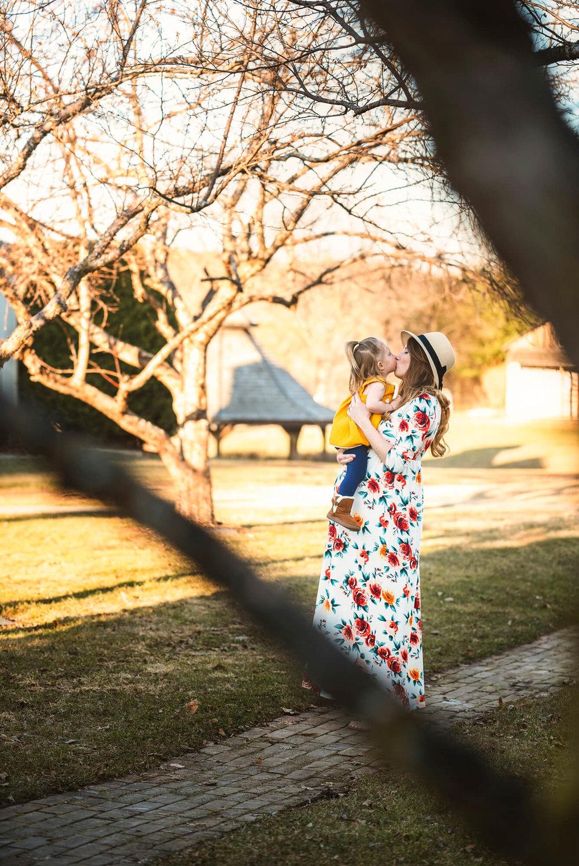 Sparrow & Laine Photography Wisconsin Family Photographer 8.jpg