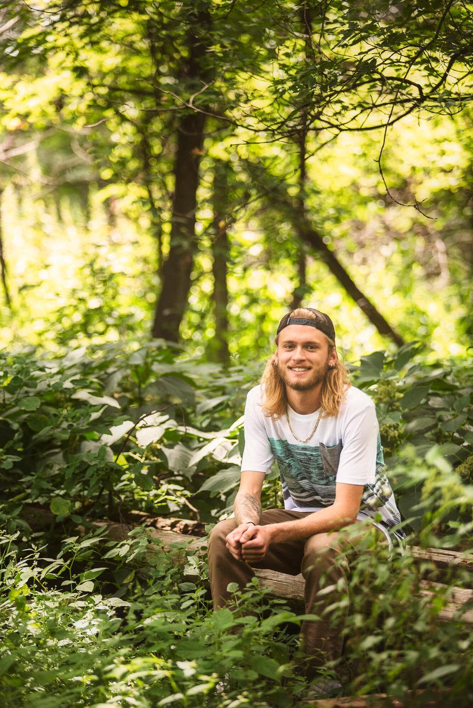 Sparrow & Laine Photography Wisconsin Senior Photographer 2.jpg