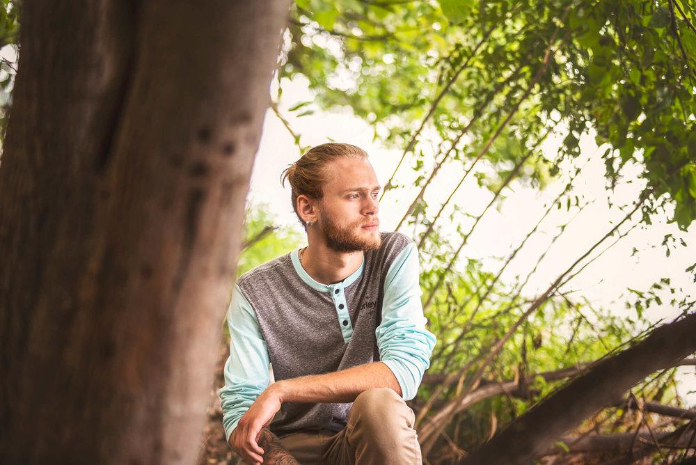 Sparrow & Laine Photography Wisconsin Senior Photographer 5.jpg