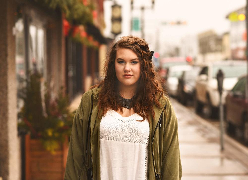 Sparrow & Laine Photography Wisconsin Senior Photographer 24.jpg