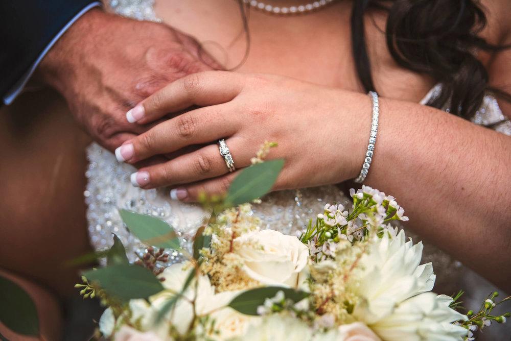 Sparrow & Laine Photography Wisconsin Wedding Photographer 15.jpg