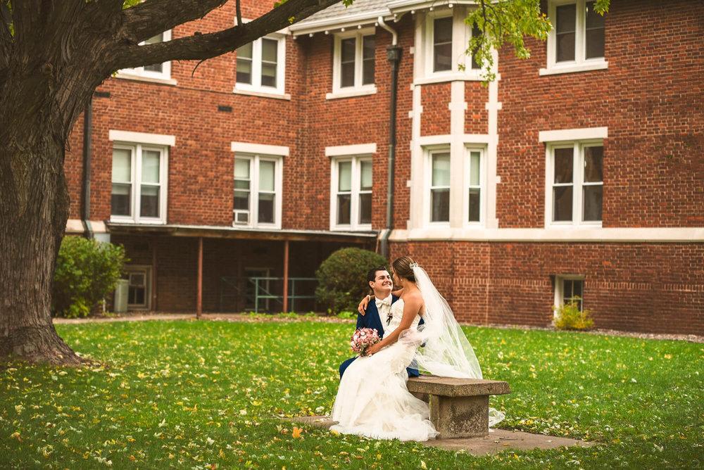 Sparrow & Laine Photography Wisconsin Wedding Photographer 30.jpg