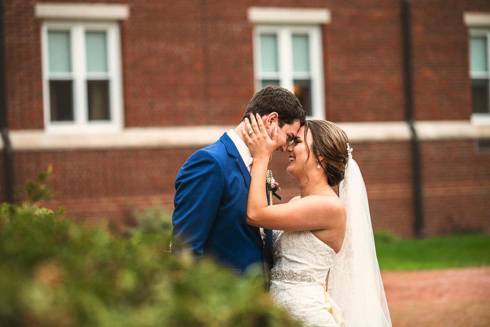 Sparrow & Laine Photography Wisconsin Wedding Photographer 32.jpg