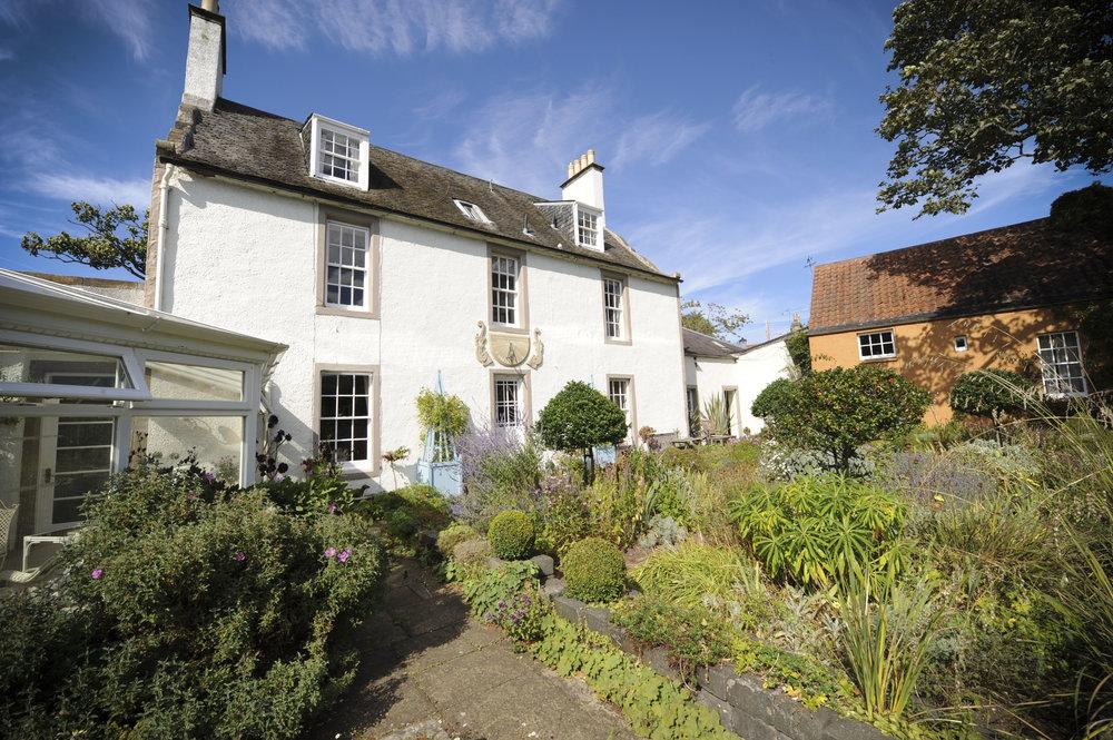 Shepherd House garden1753.jpg