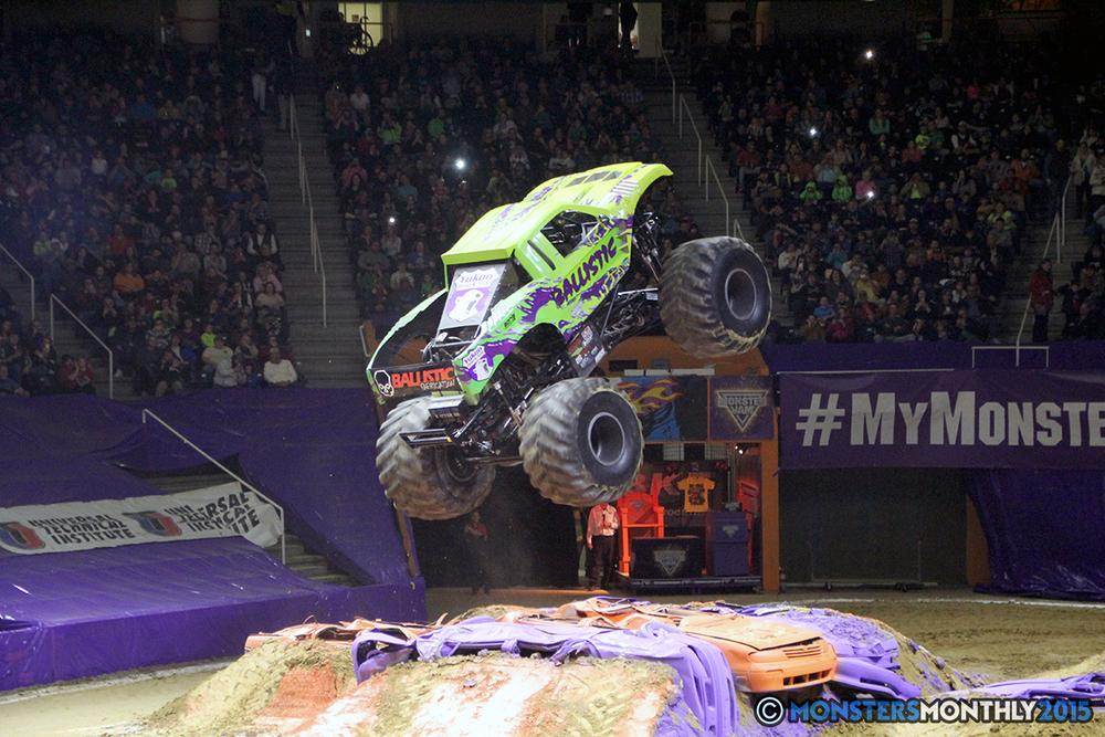 30-monsters-monthly-com-monster-jam-2015-thompson-bolin-arena-knoxville-tennessee-monster-truck.jpg