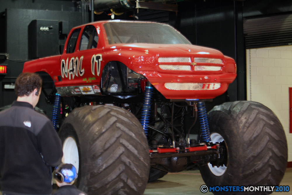 5-monsters-monthly-amp-2010-monster-truck-gallery-civic-coliseum-knoxville-tennessee.jpg