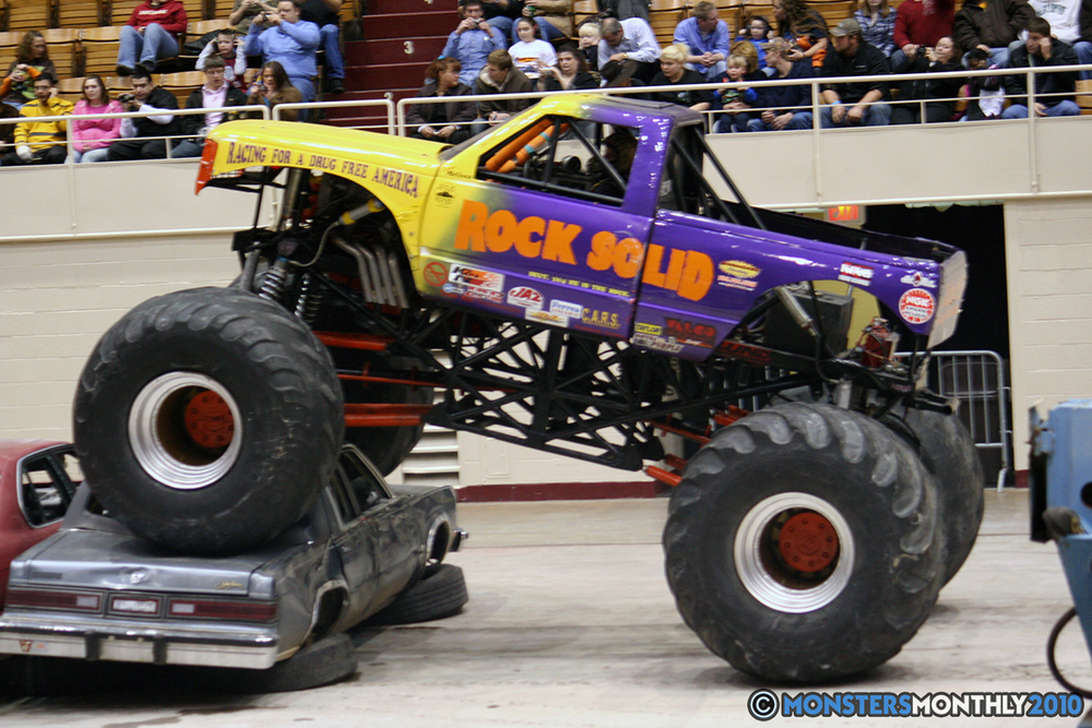 13-monsters-monthly-amp-2010-monster-truck-gallery-civic-coliseum-knoxville-tennessee.jpg