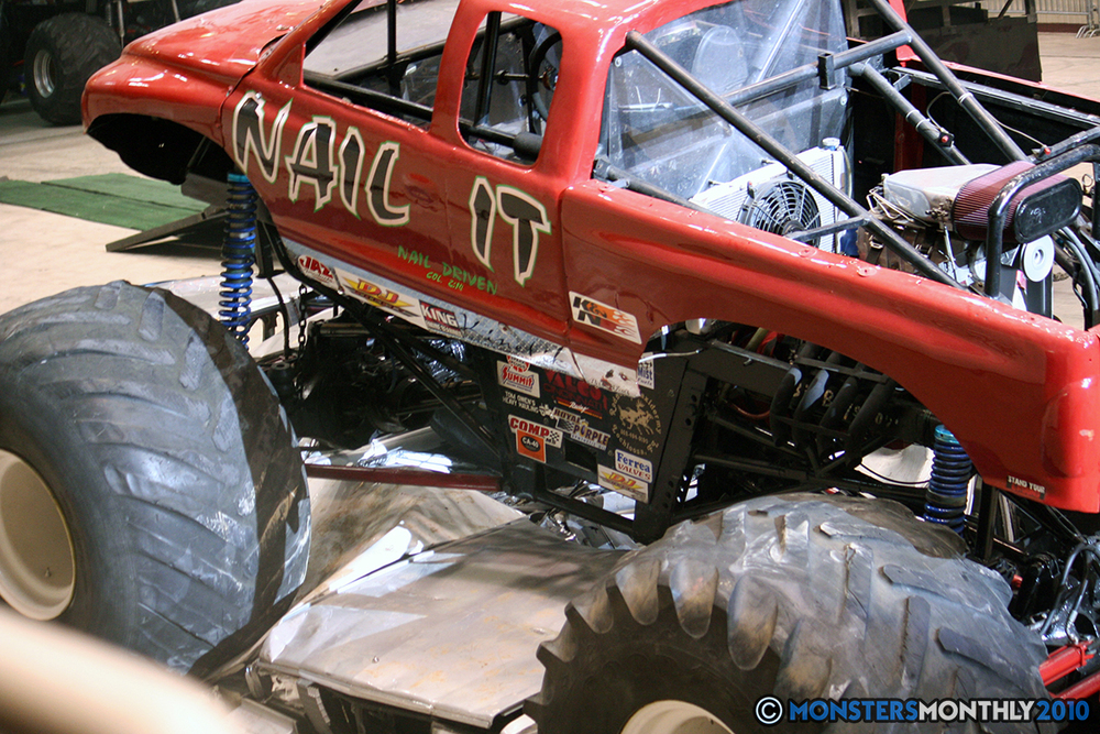 22-monsters-monthly-amp-2010-monster-truck-gallery-civic-coliseum-knoxville-tennessee.jpg