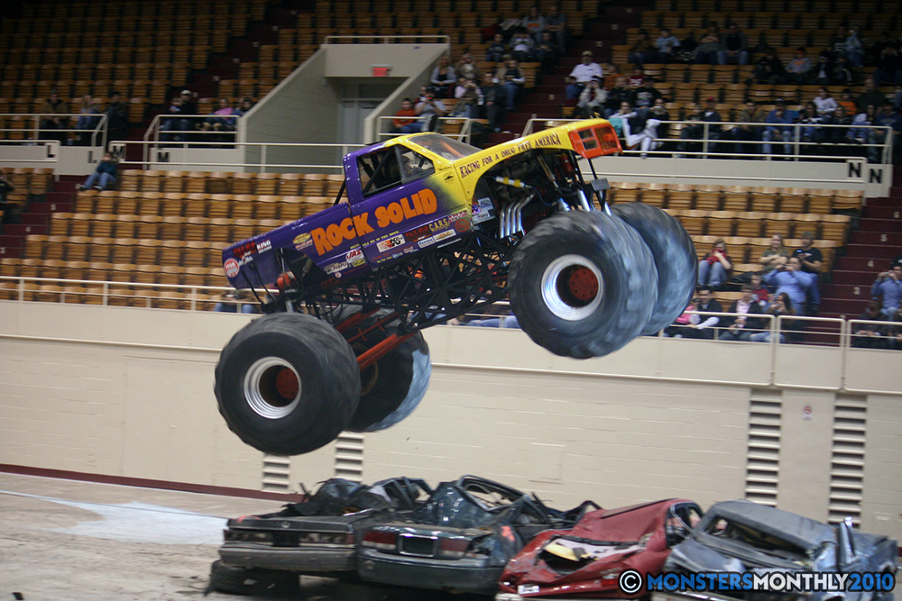 25-monsters-monthly-amp-2010-monster-truck-gallery-civic-coliseum-knoxville-tennessee.jpg
