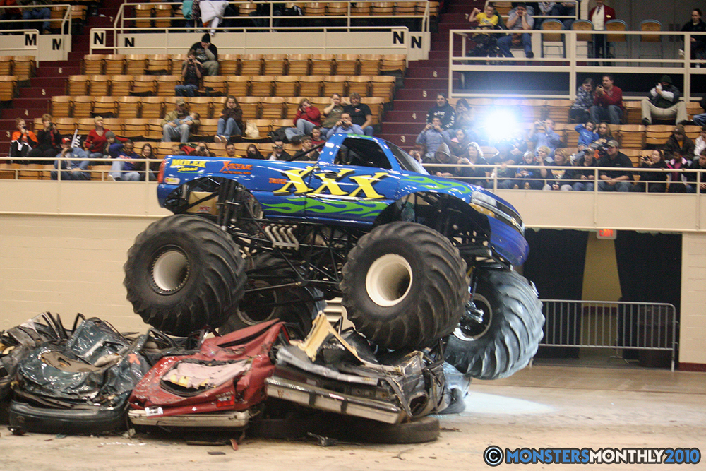 42-monsters-monthly-amp-2010-monster-truck-gallery-civic-coliseum-knoxville-tennessee.jpg