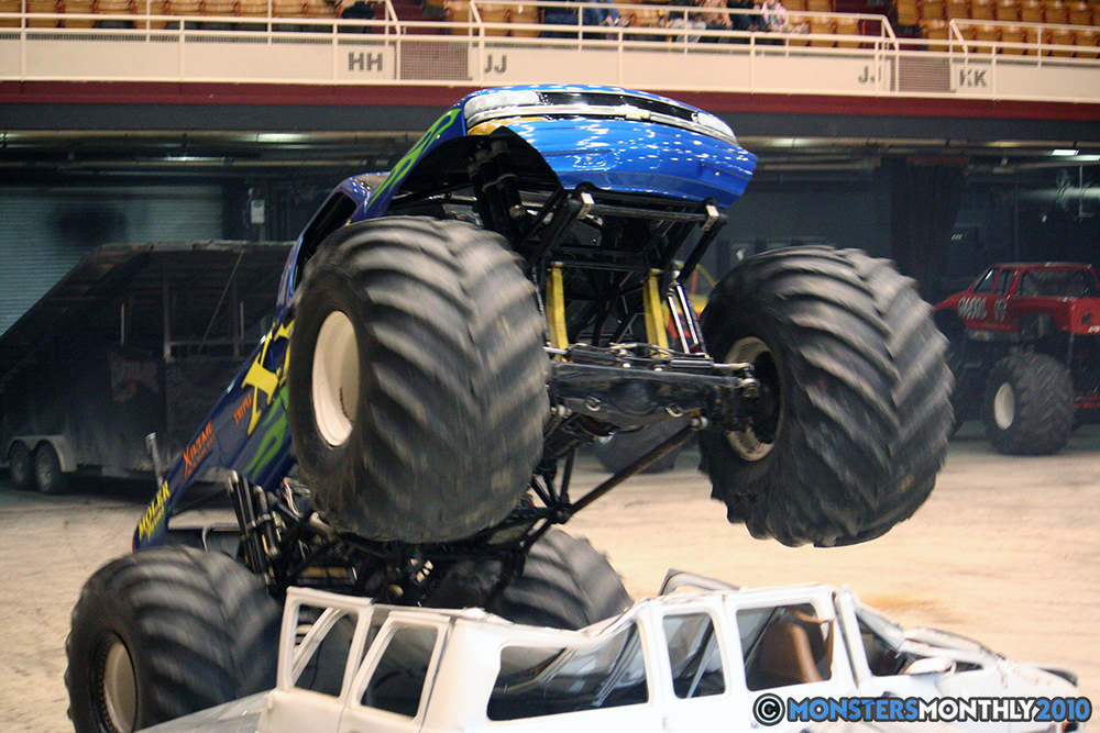 47-monsters-monthly-amp-2010-monster-truck-gallery-civic-coliseum-knoxville-tennessee.jpg