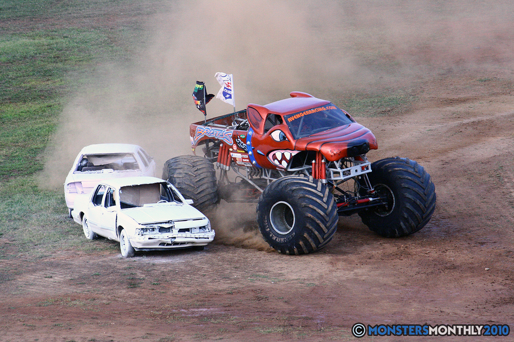 12-monstersmonthly-2010-charlotte-dirt-track-monster-truck-back-to-school-bash.jpg