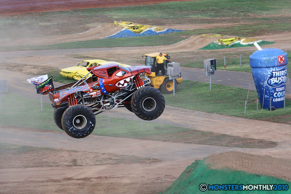 13-monstersmonthly-2010-charlotte-dirt-track-monster-truck-back-to-school-bash.jpg
