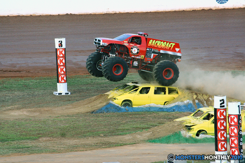14-monstersmonthly-2010-charlotte-dirt-track-monster-truck-back-to-school-bash.jpg